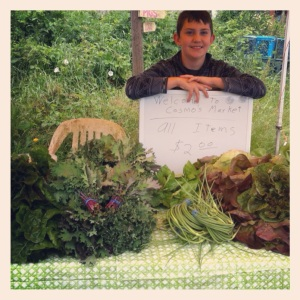 Cosmo opened his farm stand last Saturday. He will be open every Saturday between noon and 2:00. We are working on a weekday post-work time as well. Probably Thursdays. We'll keep you posted.